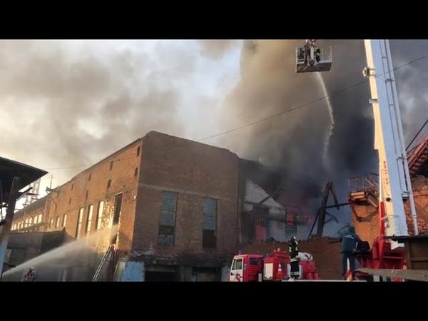 На заводе Электроцинк в ночь на воскресенье вспыхнул пожар