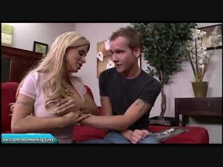 Мамочка нашла порнушку сына | holly halston milf mommy mature slut incest mom инцест мама табу милф мамка зрелая зрелка сиськи
