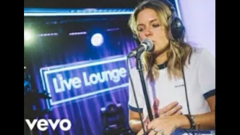 Tove Lo — Cool Girl (live on Cocktails with Dalis show)