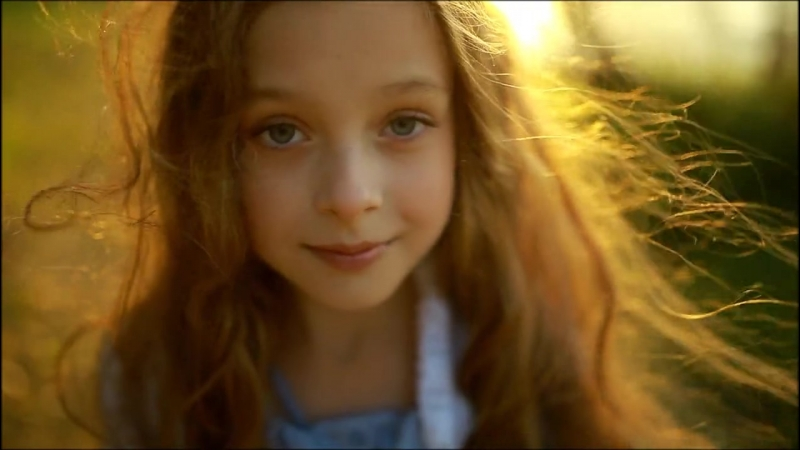 [v-s.mobi]*Sunny Girl*<<Солнечная девочка>> - {Полина Карпенко} (демо-ролик) (Piltnik)