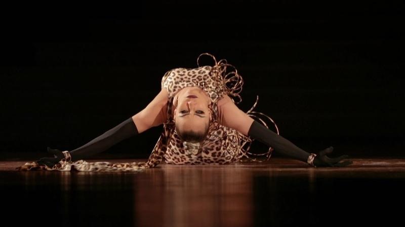 Timur Imametdinov - Nina Bezzubova, GER   Welttanz Gala Baden-Baden 2018 - Rumba Show