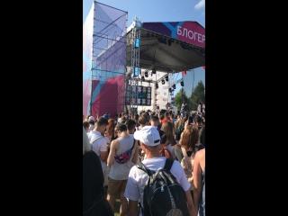 Star Donuts на VK Fest. p2 — Live
