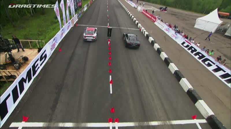 Audi_R8_V10_vs_Mercedes_C63_AMG_vs_BMW_M3_ESS_vs_Porsche_911_Turbo_S_(MosCatalogue.net)