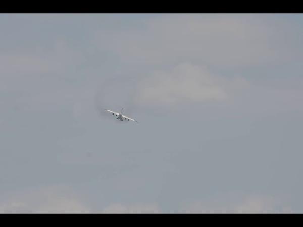 Ил-76 EW-005DE ВВС РБ заход на посадку.АвiяАматарTV