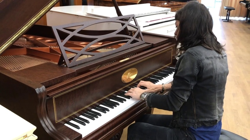 Playing Chopin etude opus 10 3 on Chopin Grand by Bösendorfer