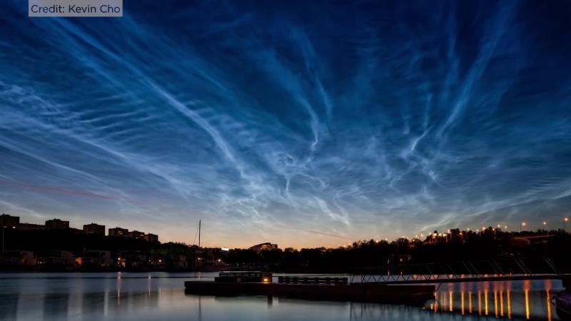 Rare Electric Blue Clouds Observed by NASA Balloon | Ночные светящиеся облака 2018