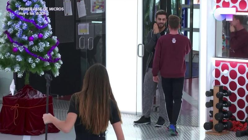 Raoul y Agoney abrazo OT 2017