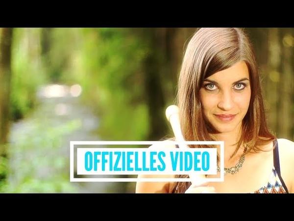 Lisa Stoll - Am Brunnen vor dem Tore (offizielles Video)