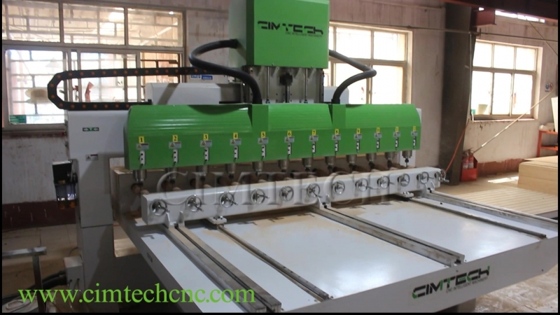 Iraq 4axis cnc router 2 2kw water spindle classic furniture 3d wood Engraving machine
