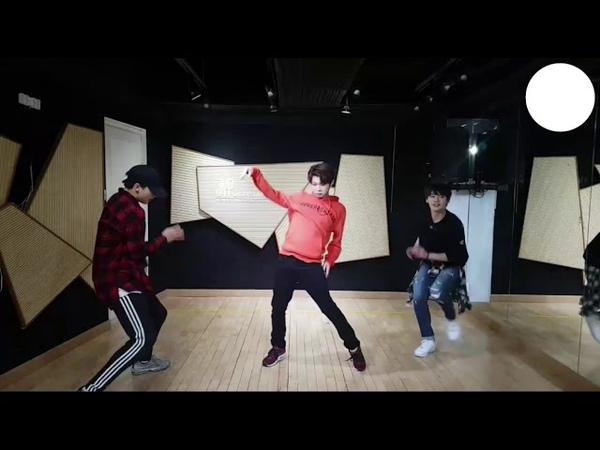 STRAY KIDS Lee Felix Dance Freestyle