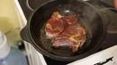 Самое вкусное, лучшее мясо Антрекот, Котлета, Корейка, вырезка на ребре жареная в чугунном казане.