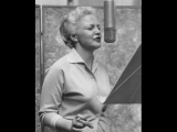 Peggy Lee - I Let A Song Go Out Of My Heart