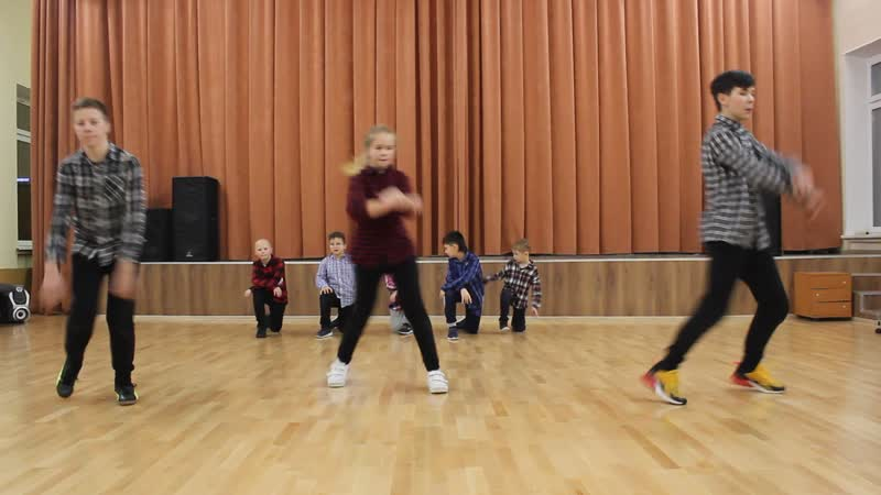 Brooklyn Motion 657 - Dance Meeting