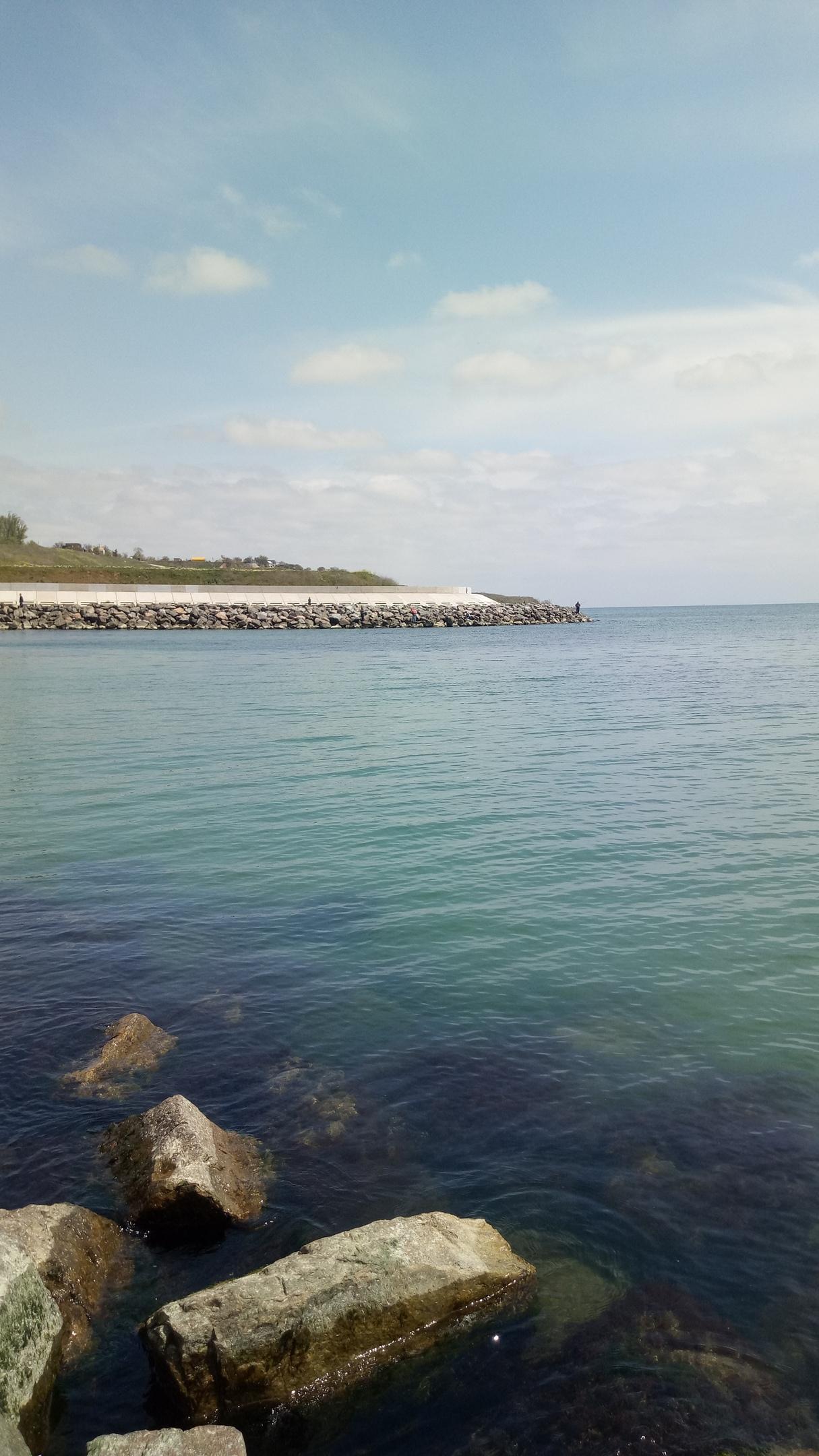 Черное море побережье Одесса синий гранит