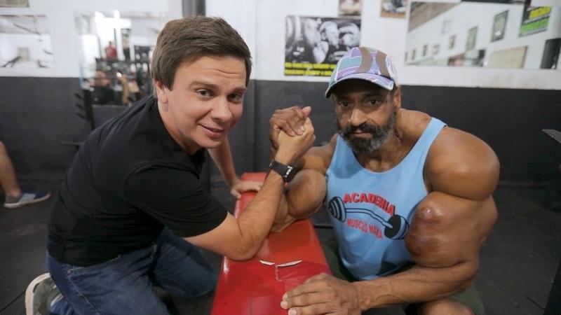 Конкурс красоты в колонии и мужчина с большими мышцами. Бразилия. Мир наизнанку 10 сезон 20 выпуск
