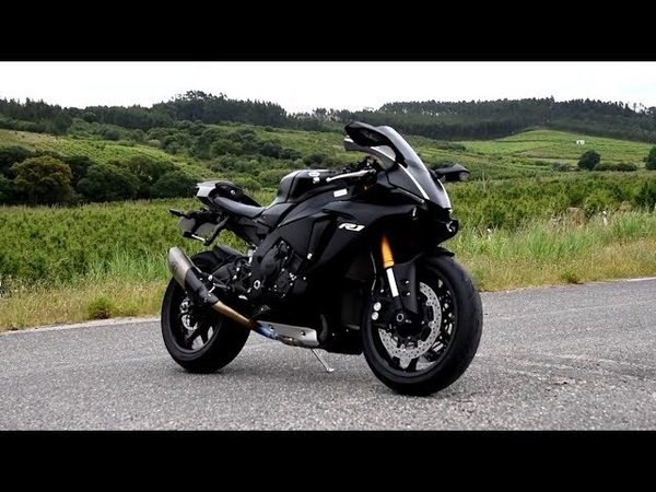 YAMAHA R1_R1M {RN32} Lovely Exhaust Sound, High Speed Runs, Flyby - 190mph/h. (NEW MODEL)