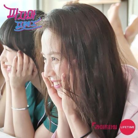 """라이프타임 on Instagram: """"장윤주 송지효 조이 성소 와 하룻밤의 호캉스를 함께한다4"""