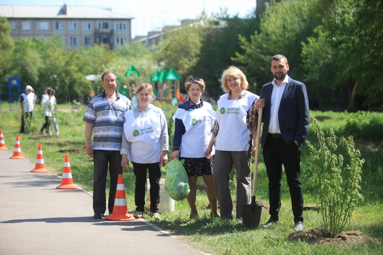 Активисты «Зеленой дружины» занимаются не только озеленением, но и раздельным сбором отходов, утилизацией батареек, макулатуры и пластика