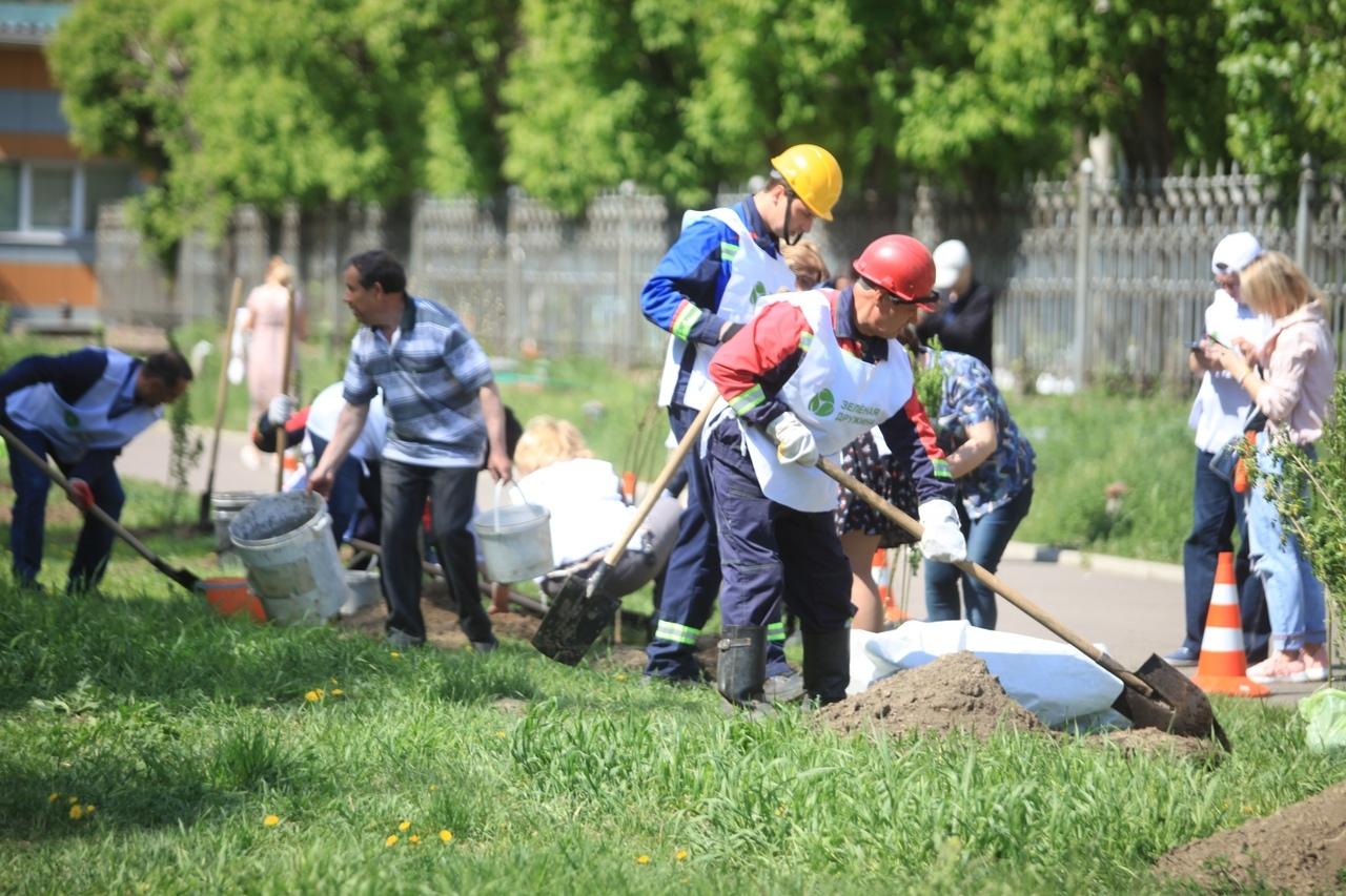 Если вы хотите, чтобы такие работы развернулись и в вашем дворе, проявите активность: напишите сообщение дружинникам и начинайте совместно менять экологическую ситуацию в Красноярске в лучшую сторону