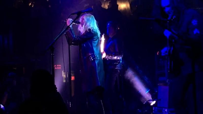 The Pretty Reckless - Follow Me Down (Paradise Rock Club)