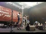 Выступление скрипичного дуэта на фестивале U-235