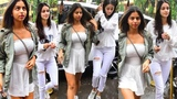 Suhana Khan And Ananya Pandey Snapped At Bastian For Lunch