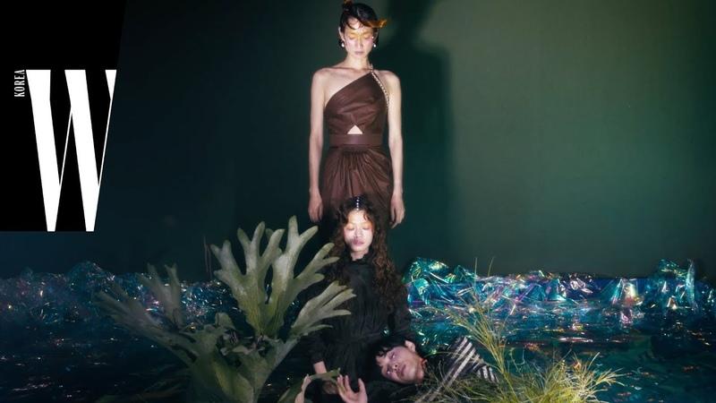 2019 크루즈 컬렉션을 입은 신화 속의 세 남녀 by W Korea