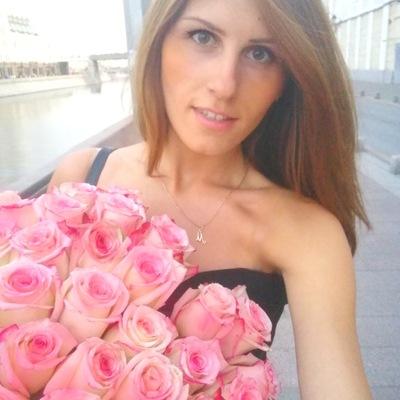 Моника Малина