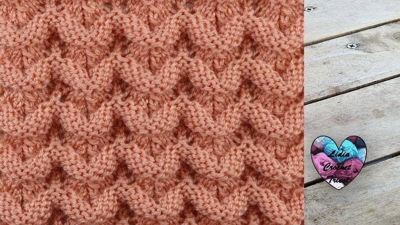 Point tricot petites vagues relief