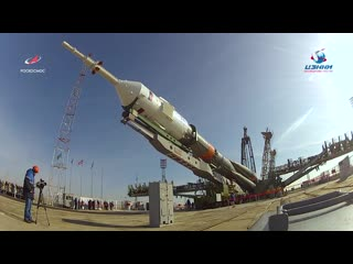 Ракета с ТПК «Союз МС-12» установлена на старте