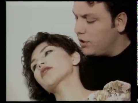 Στάθης Αγγελόπουλος - Κρύψε με - Official Video Clip