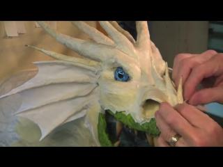 Драконы из папье-маше