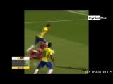 Гол Неймара. Неймар достиг 55 голов за Бразилии и сравнялся с Ромарио