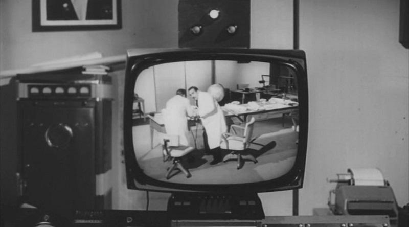 Тото и Пеппино разделены в Берлине (1962)