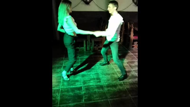 Последний танец на вечеринке самый 🔥💃🕺 ТанцыКалуга BachataКалуга Театральная6а Калуга танцуй сальсакалуга bachataboom