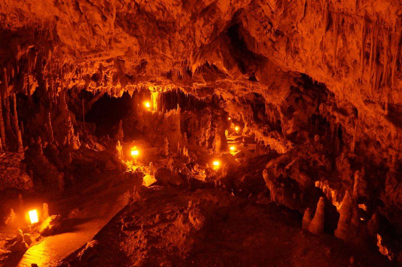 Перама - пещера саблезубого медведя