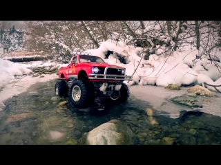 Tamiya Toyota 4x4 Pick Up MOUNTAIN RIDER on a winter day in the mountains [720p]