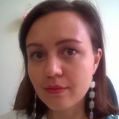 Катя Ажнова