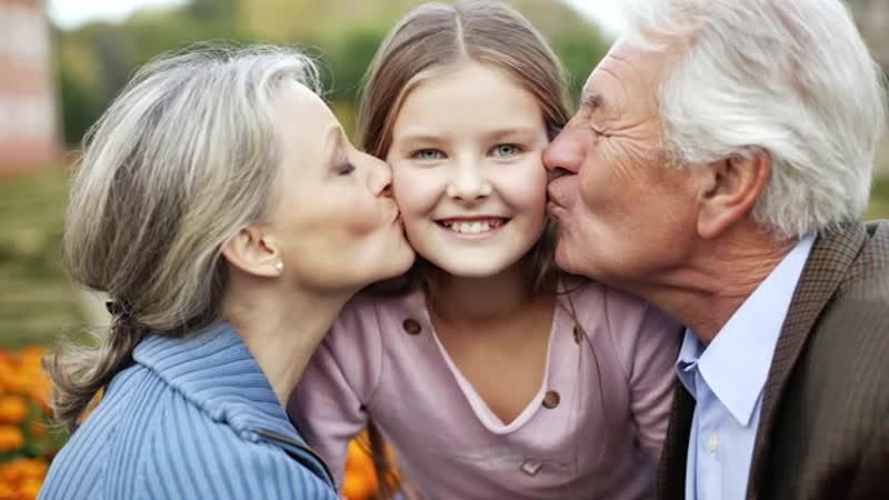 Отец сплавил дочь бабке с дедом а сам пропал на 25 лет