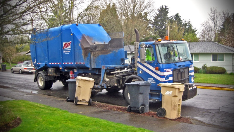 Autocar WX64 Heil STARR Garbage Truck