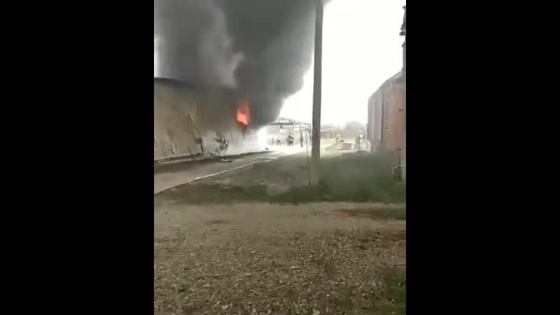 Пожар на складе Ирском в Старопромысловском районе г. Грозного ликвидирован. По информации МЧС пострадал один человек. Ранее с