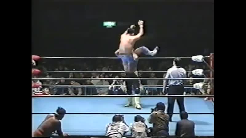 1999.01.07 - Toshiaki Kawada/Akira Taue [c] Vs. Kenta Kobashi/Jun Akiyama [JIP]