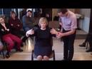 Гипнотерапия. Наведение транса через каталепсию обеих рук