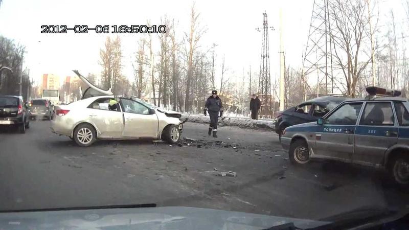 страшная авария на рябовском шоссе 06.02.12.