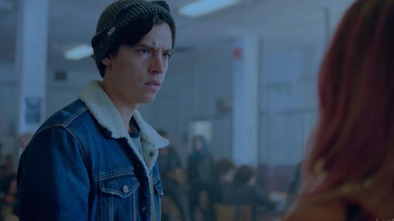 Джагхед переходит в новую школу Новое знакомство Тони проводит экскурсию по школе