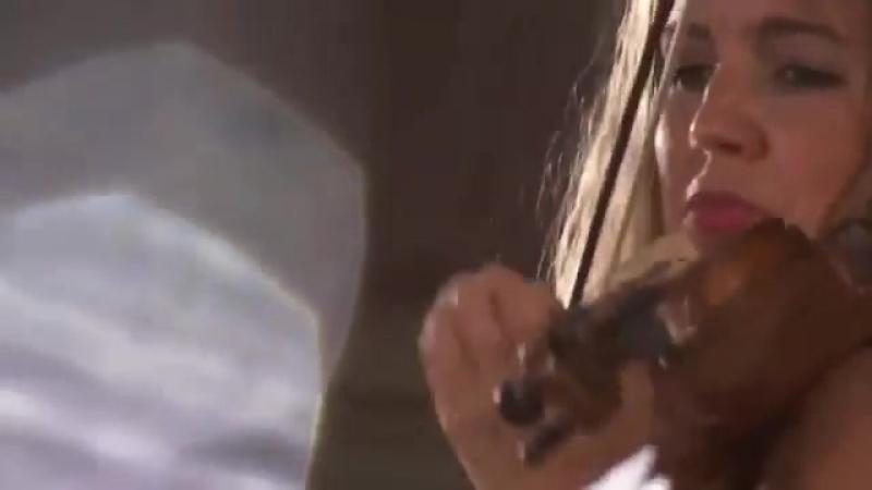 J. M. Leclair - Violin Concerto Op 10 No 6 G minor - La Diane Francaise [Stephanie Marie Degand]