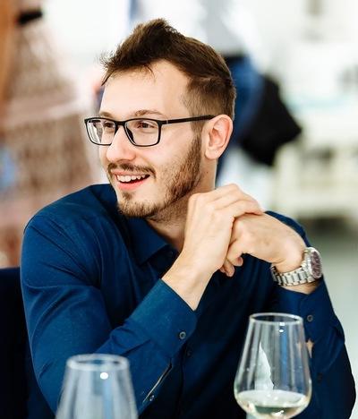 Паша Степанов