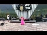 Алёна Карась - выступление на Дне посёлка Усть-Нера с восточным танцем!