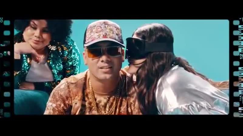 Carlos Vives, Wisin - Si Me Das Tu Amor