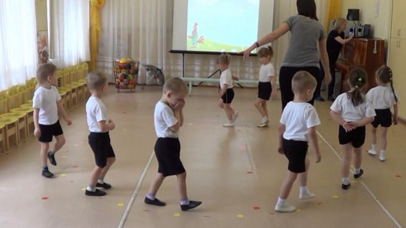 Физкультурное занятие младшей группе В гости к петушку МДОУ 44 Магнитогорск
